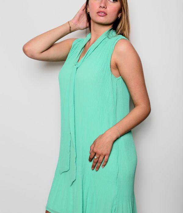 Robe verte avec attache au cou